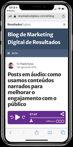 Smartphone mostrando um artigo do blog da RD que possui narração do VOOOZER